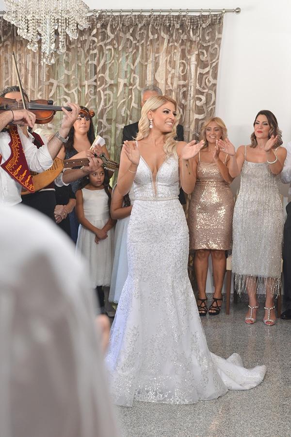 fall-wedding-nicosia-pastel-hues-gold-details-_06