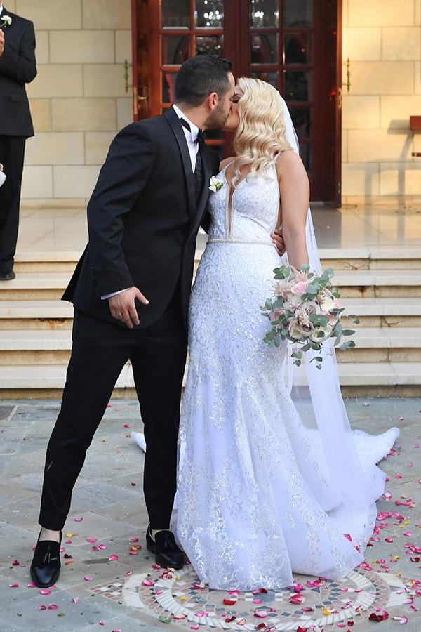 fall-wedding-nicosia-pastel-hues-gold-details-_12
