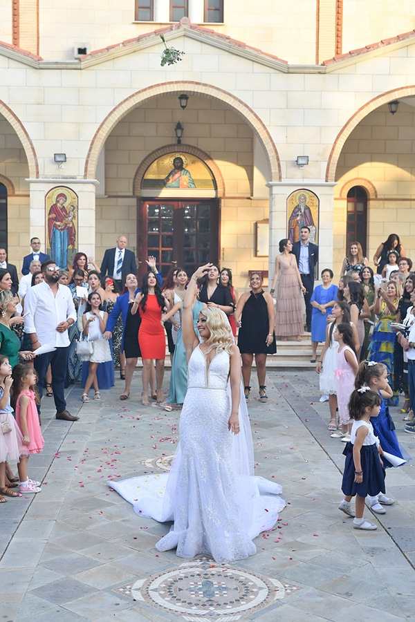 fall-wedding-nicosia-pastel-hues-gold-details-_13