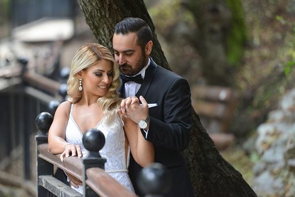 fall-wedding-nicosia-pastel-hues-gold-details-_27