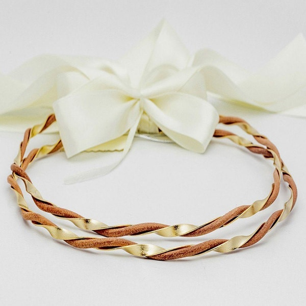 handmade-leather-wedding-wreaths_01x