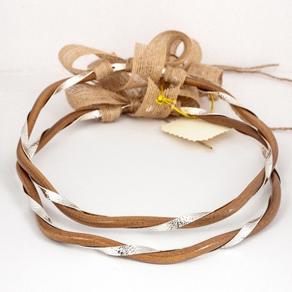 handmade-leather-wedding-wreaths_02