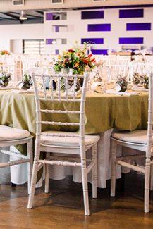 Στολισμος colorful δεξιωσης γαμου με λουλουδια