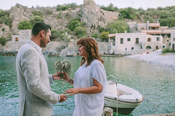 romantic-elopement-mani-stunning-sea-view_19