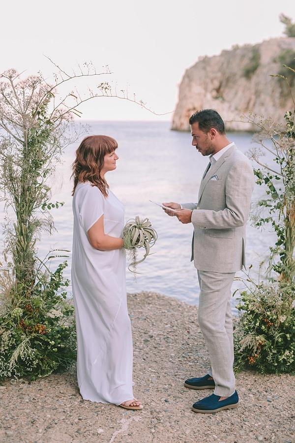 romantic-elopement-mani-stunning-sea-view_23