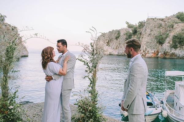 romantic-elopement-mani-stunning-sea-view_25