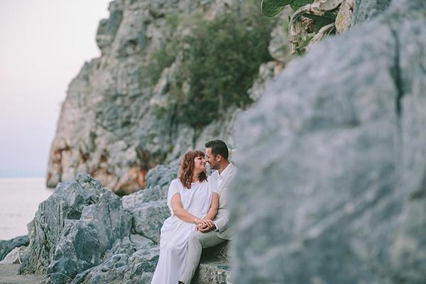 romantic-elopement-mani-stunning-sea-view_26x
