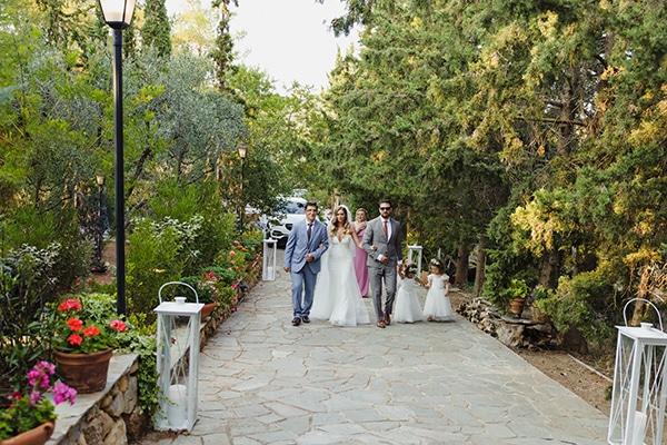 romantic-summer-wedding-athens-baby-breath-eucalyptus_13