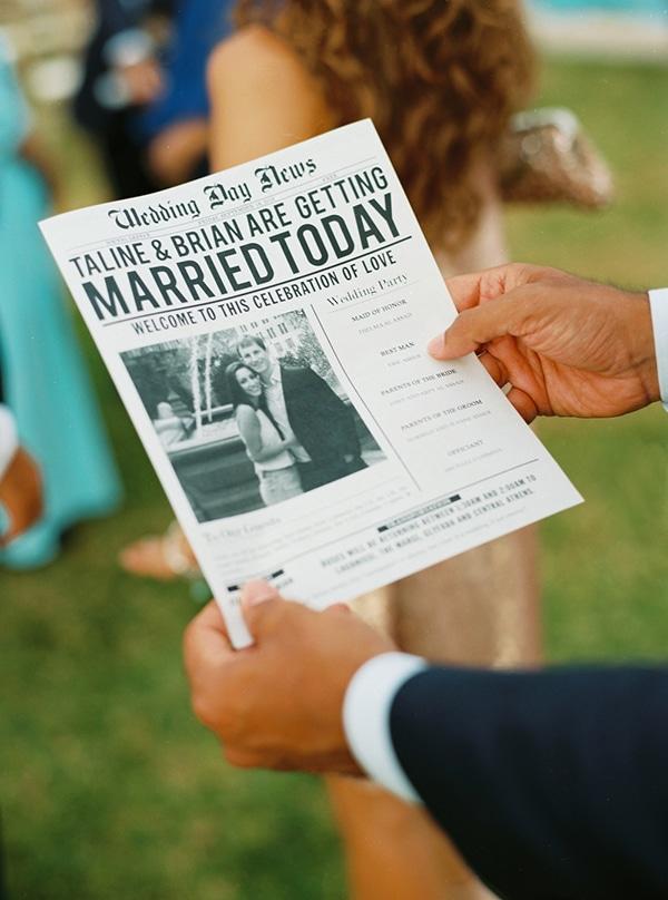 """Πρωτότυπη ιδέα για το """"wedding program"""" σε μορφή εφημερίδας"""