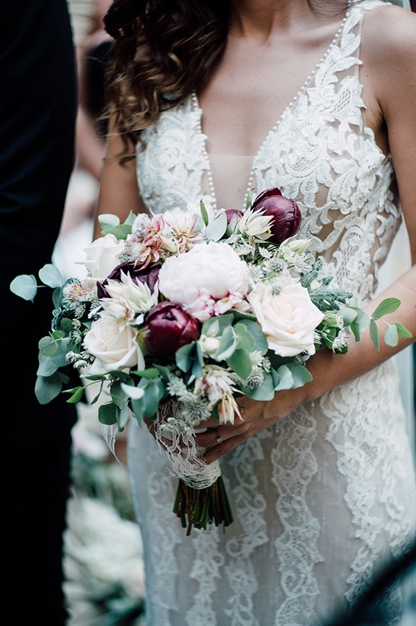 summer-wedding-ivory-roses-red-peonies_14x