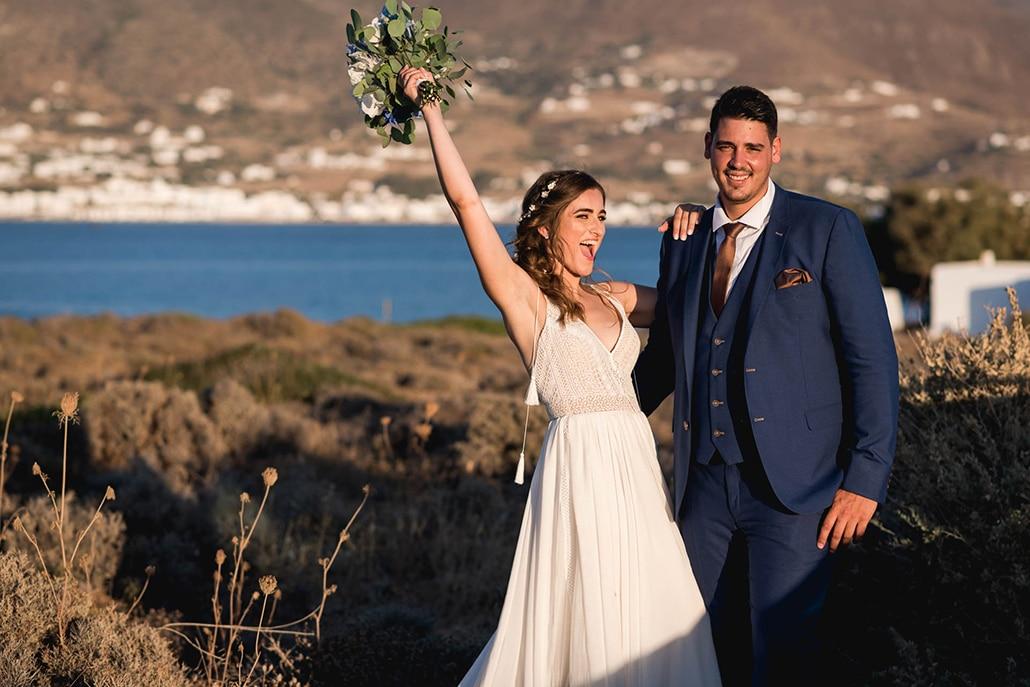 Καλοκαιρινός γάμος στην Πάρο με λευκές και γαλάζιες αποχρώσεις │ Κική & Χάρης