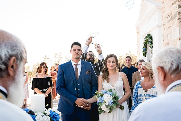 summer-wedding-paros-white-blue-hues_16x