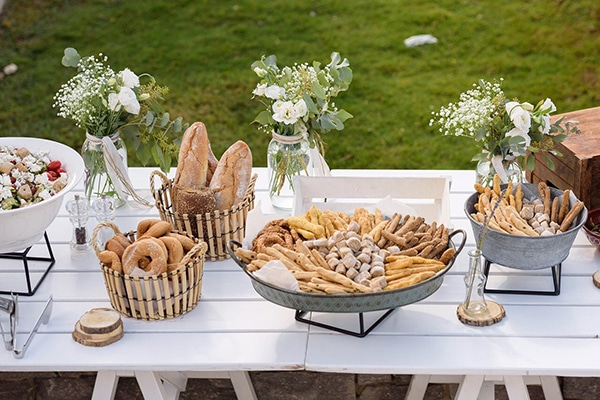 tasty-suggestions-wedding-catering-satisfy-guests_03