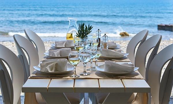 wonderful-wedding-venue-santorini-island-memorable-experience-guests-_10