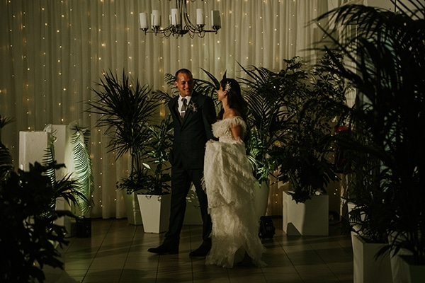 beautiful-fall-wedding-larnaca-white-flowers-greenery_20