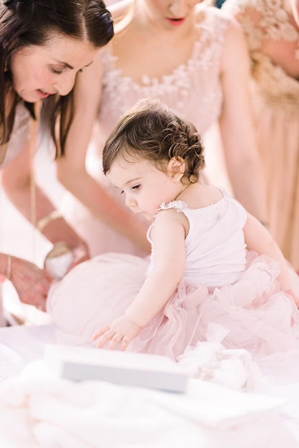 beautiful-wedding-baptism-most-romantic-details_55