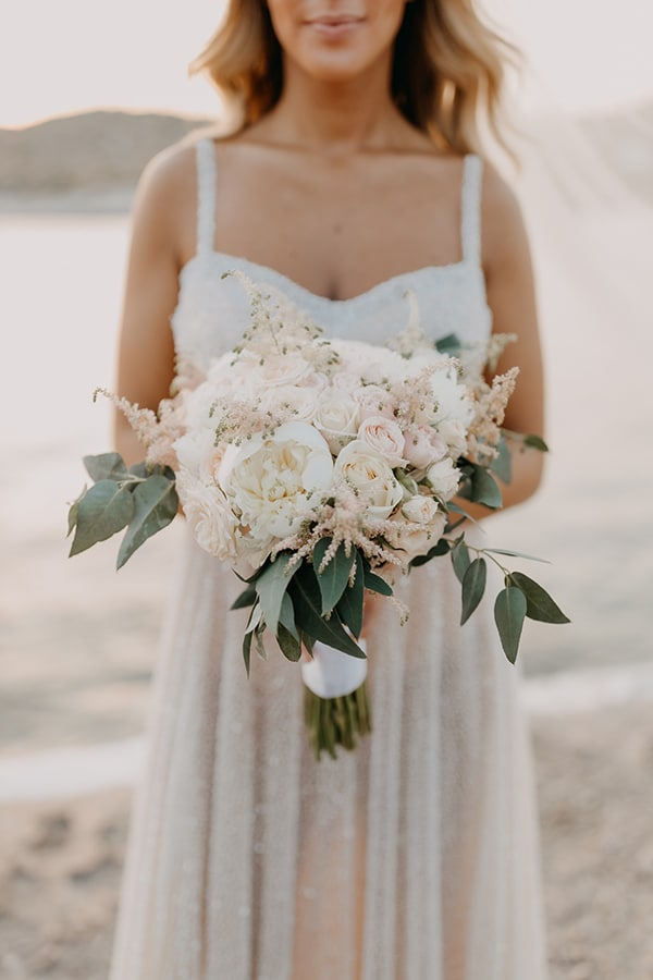 bohemian-summer-wedding-athens-pampas-grass-pastel-hues_03