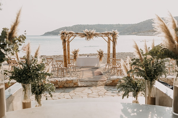 bohemian-summer-wedding-athens-pampas-grass-pastel-hues_13