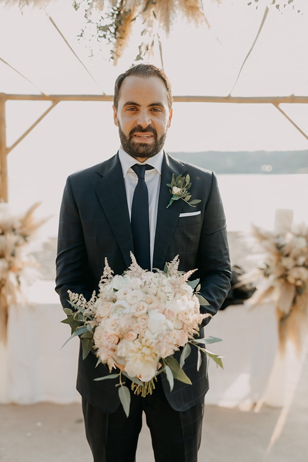 bohemian-summer-wedding-athens-pampas-grass-pastel-hues_15