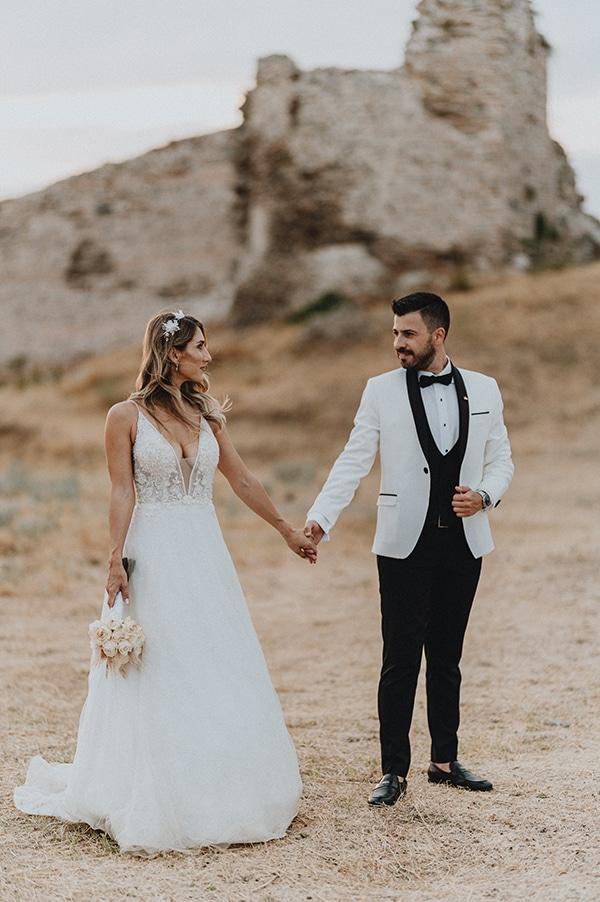 bohemian-summer-wedding-xanthi-pampas-grass-david-austin-roses_01x