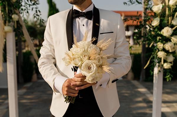 bohemian-summer-wedding-xanthi-pampas-grass-david-austin-roses_22