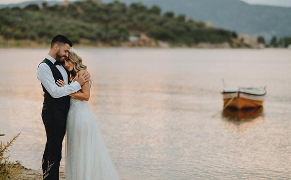 bohemian-summer-wedding-xanthi-pampas-grass-david-austin-roses_36