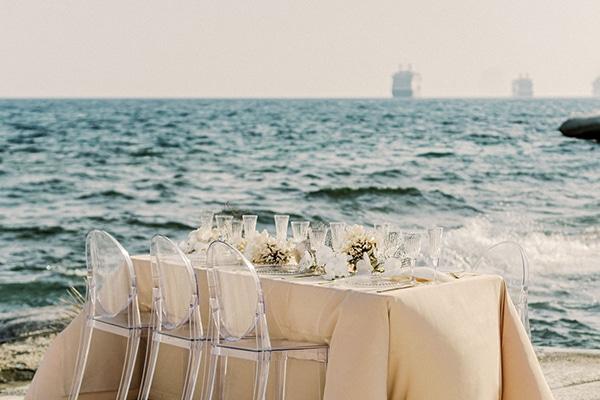 dreamy-styled-shoot-idyllic-location-sea-view_02x
