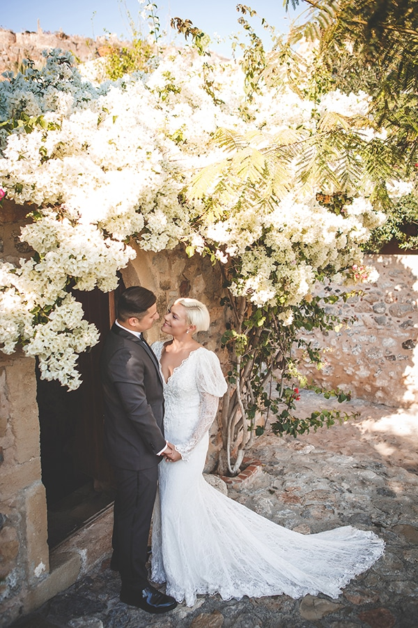 fall-wedding-athens-chic-details_02x