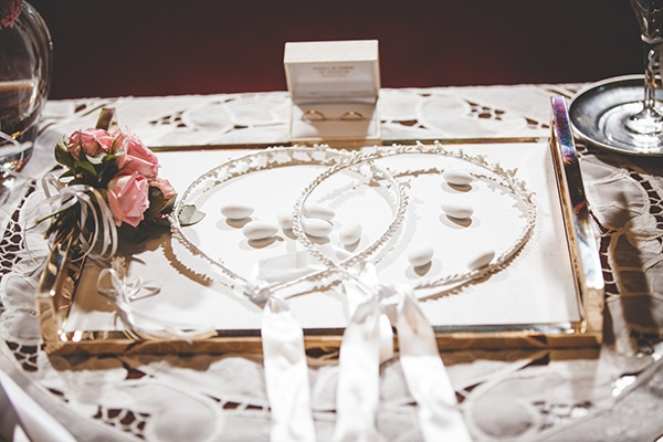 fall-wedding-athens-chic-details_22x
