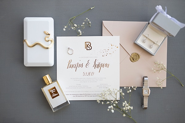 fall-wedding-tinos-romantic-elements-white-hues_03