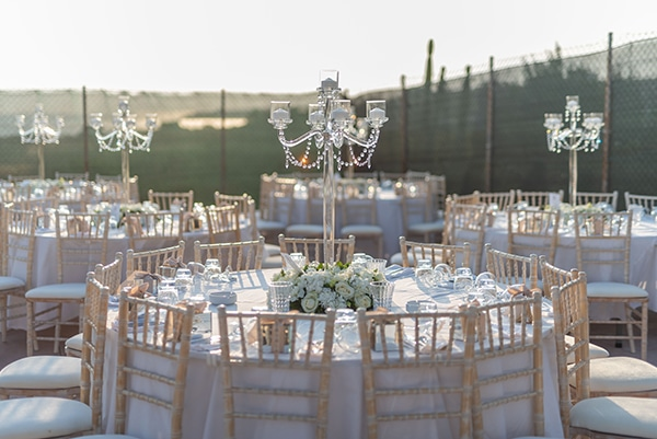 fall-wedding-tinos-romantic-elements-white-hues_10