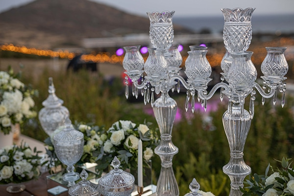 fall-wedding-tinos-romantic-elements-white-hues_12x