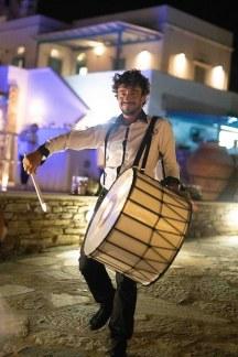 Πρωτοτυπη ιδεα με drums για ενα εντυπωσιακό wedding entertainment show