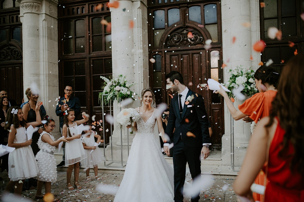 Glamorous γάμος στην Λεμεσό με λευκές ορτανσίες και fairylights │ Στέλλα & Μαρίνος