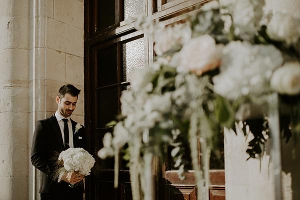 glamorous-wedding-limassol-white-hydrangeas-fairylights_15