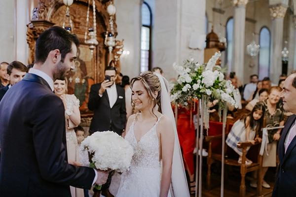 glamorous-wedding-limassol-white-hydrangeas-fairylights_19