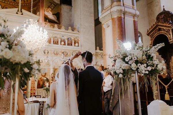glamorous-wedding-limassol-white-hydrangeas-fairylights_24