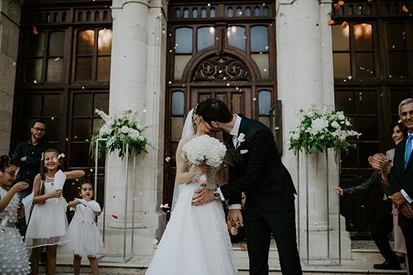 glamorous-wedding-limassol-white-hydrangeas-fairylights_26
