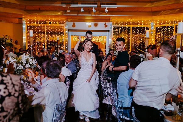 glamorous-wedding-limassol-white-hydrangeas-fairylights_31