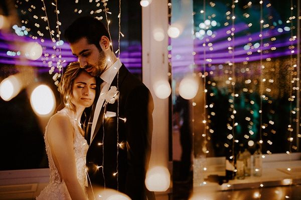 glamorous-wedding-limassol-white-hydrangeas-fairylights_36x