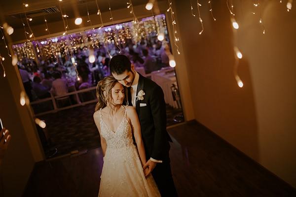glamorous-wedding-limassol-white-hydrangeas-fairylights_37