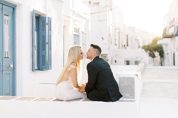 Luxurious καλοκαιρινός γάμος στη Σίφνο με πλούσιο ανθοστολισμό │ Κατερίνα & Σπύρος