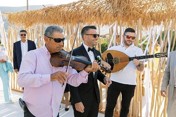 luxurious-summer-wedding-sifnos-island-lush-floral-designs_19