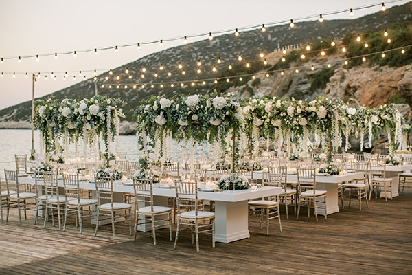 luxurious-summer-wedding-sifnos-island-lush-floral-designs_41x