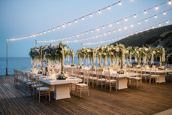 luxurious-summer-wedding-sifnos-island-lush-floral-designs_46