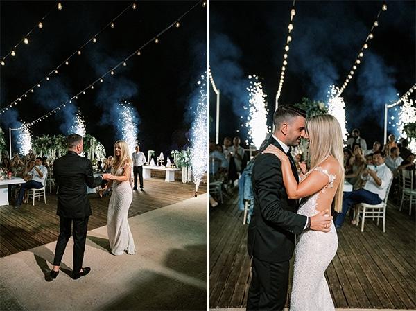 luxurious-summer-wedding-sifnos-island-lush-floral-designs_54A