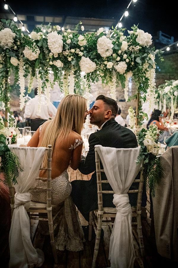 luxurious-summer-wedding-sifnos-island-lush-floral-designs_57