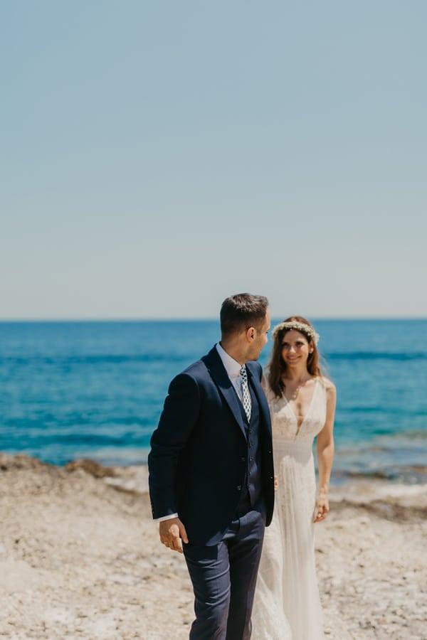 outdoor-summer-wedding-porto-heli-white-hues_02x