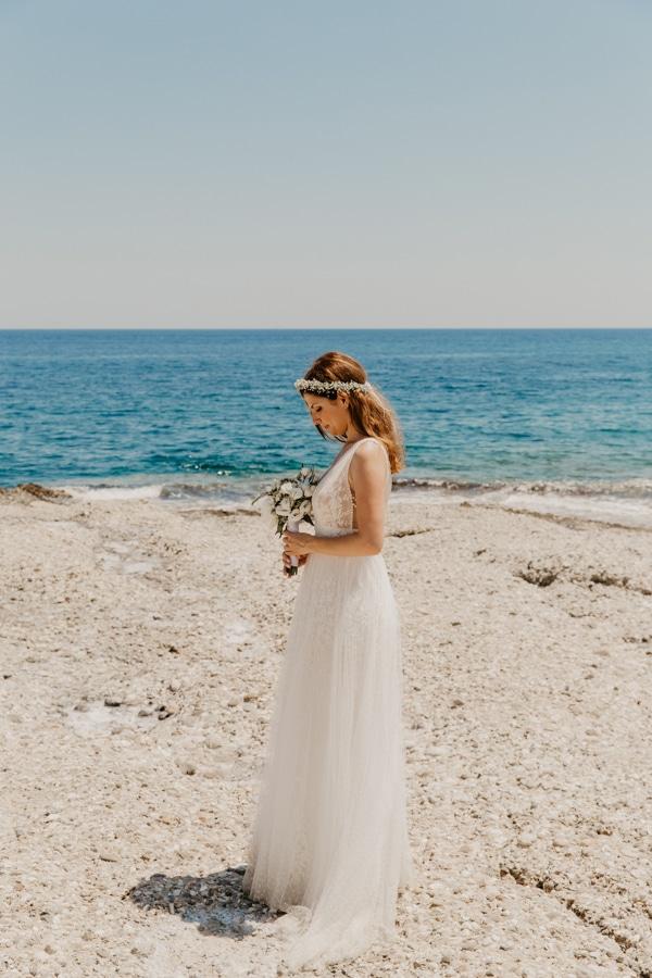 outdoor-summer-wedding-porto-heli-white-hues_04