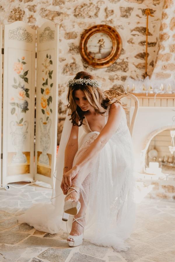 outdoor-summer-wedding-porto-heli-white-hues_10